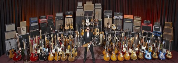 joe-bonamassa-guitar-collection-800x288